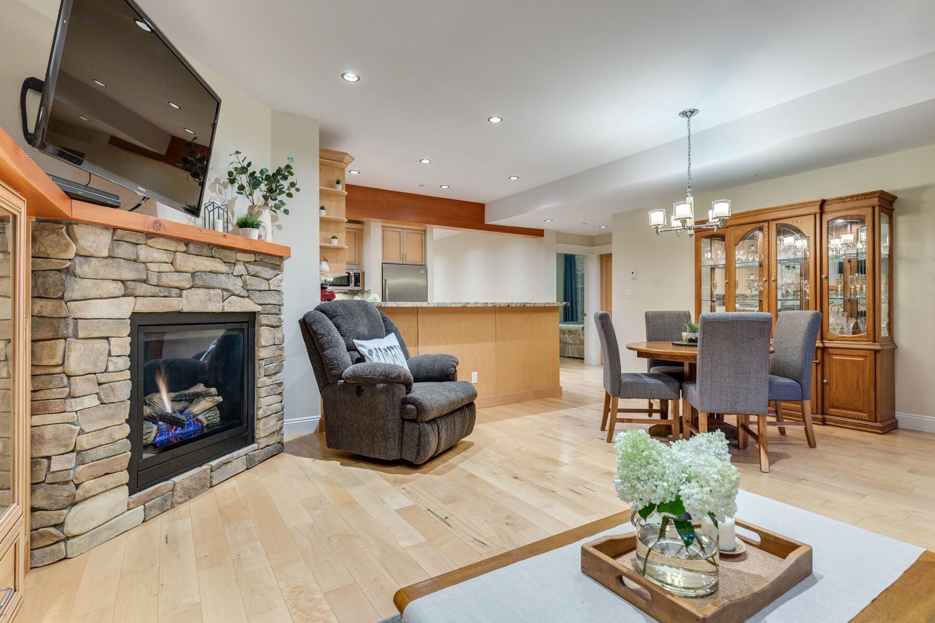 bweqdxag at 2160 Summerwood Lane, Anmore, Port Moody