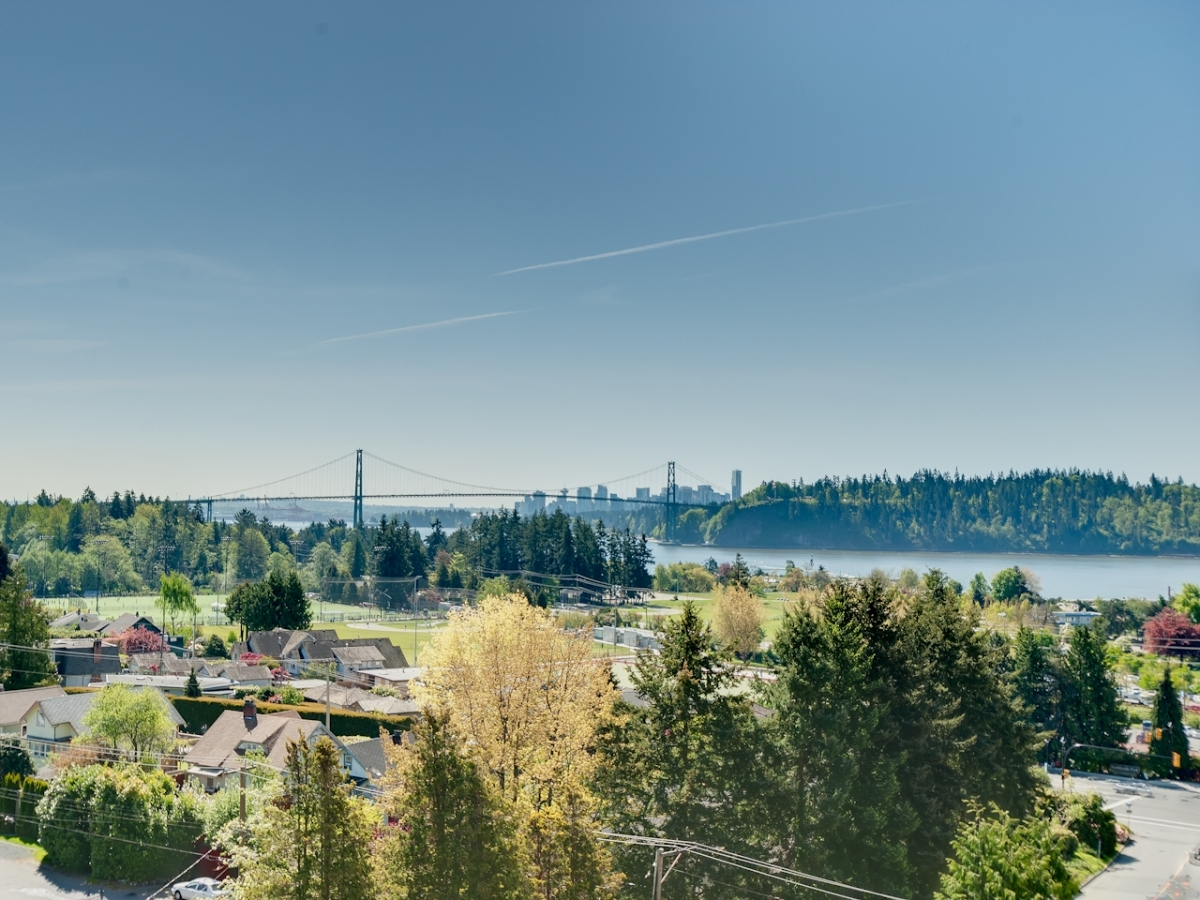 EastLionsView.jpg at #905 - 555 13th Street, Ambleside, West Vancouver