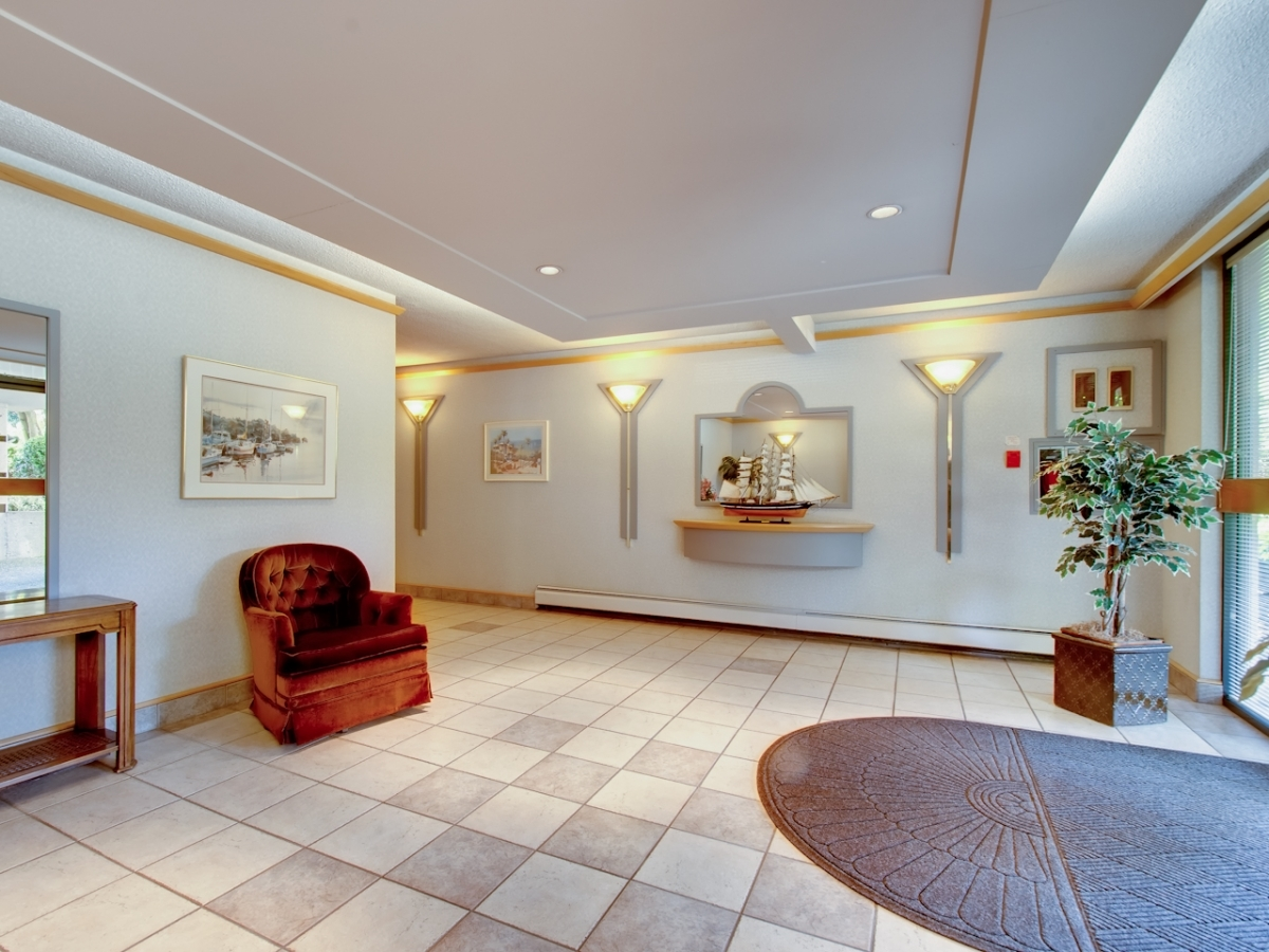 Lobby2.jpg at #905 - 555 13th Street, Ambleside, West Vancouver