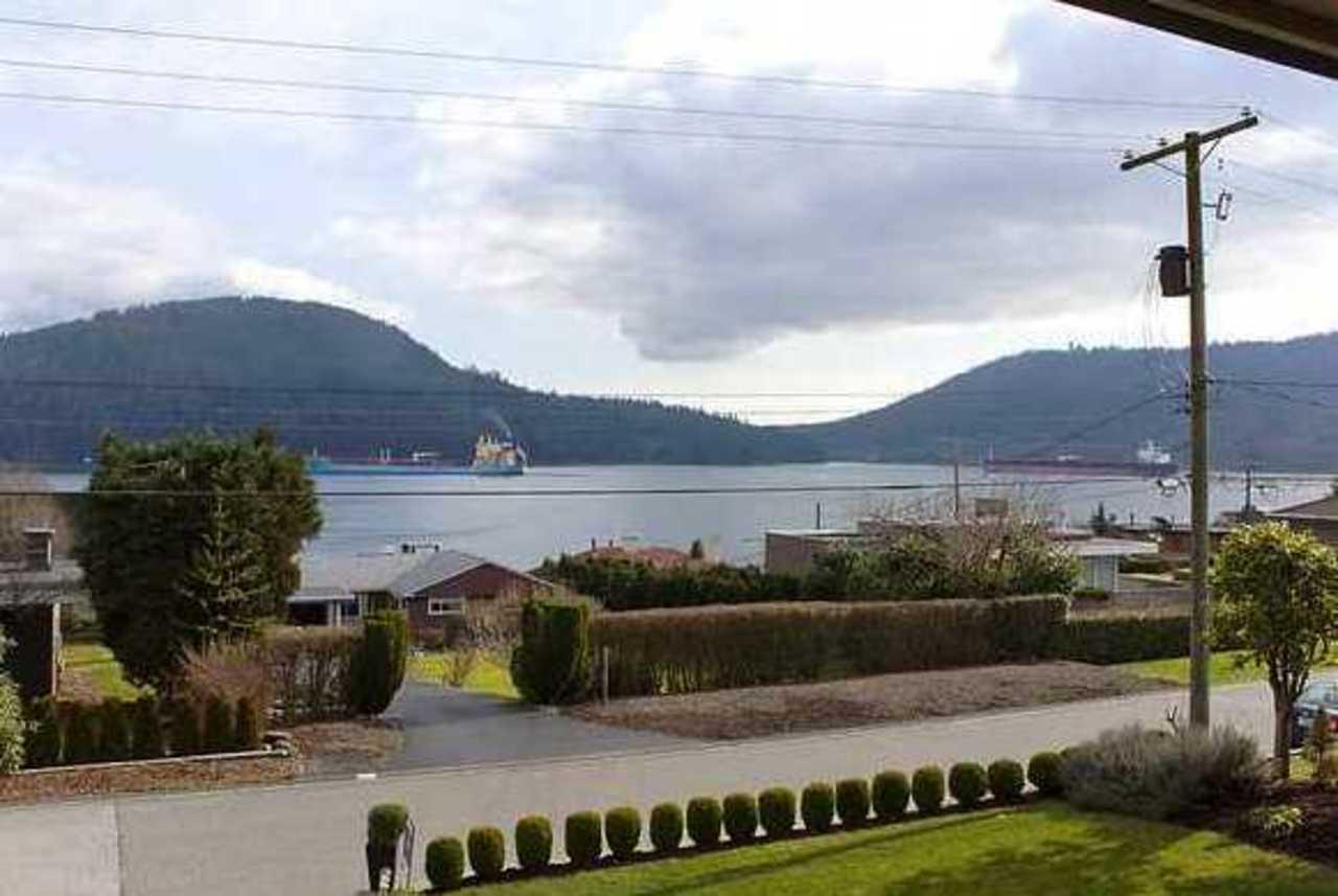 V868217_201_12.jpg at 463 Beachview Drive, Dollarton, North Vancouver