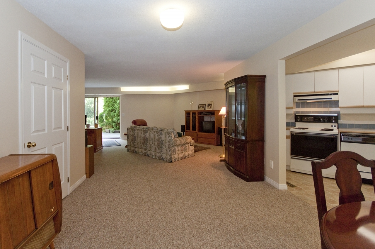 029 at 4388 Mount Seymour Parkway, Dollarton, North Vancouver