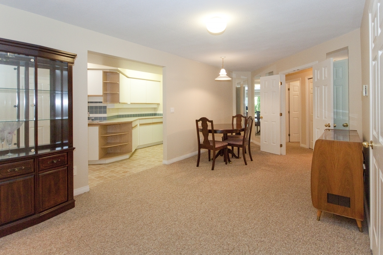 031 at 4388 Mount Seymour Parkway, Dollarton, North Vancouver