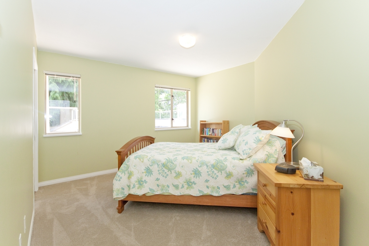 035 at 4388 Mount Seymour Parkway, Dollarton, North Vancouver