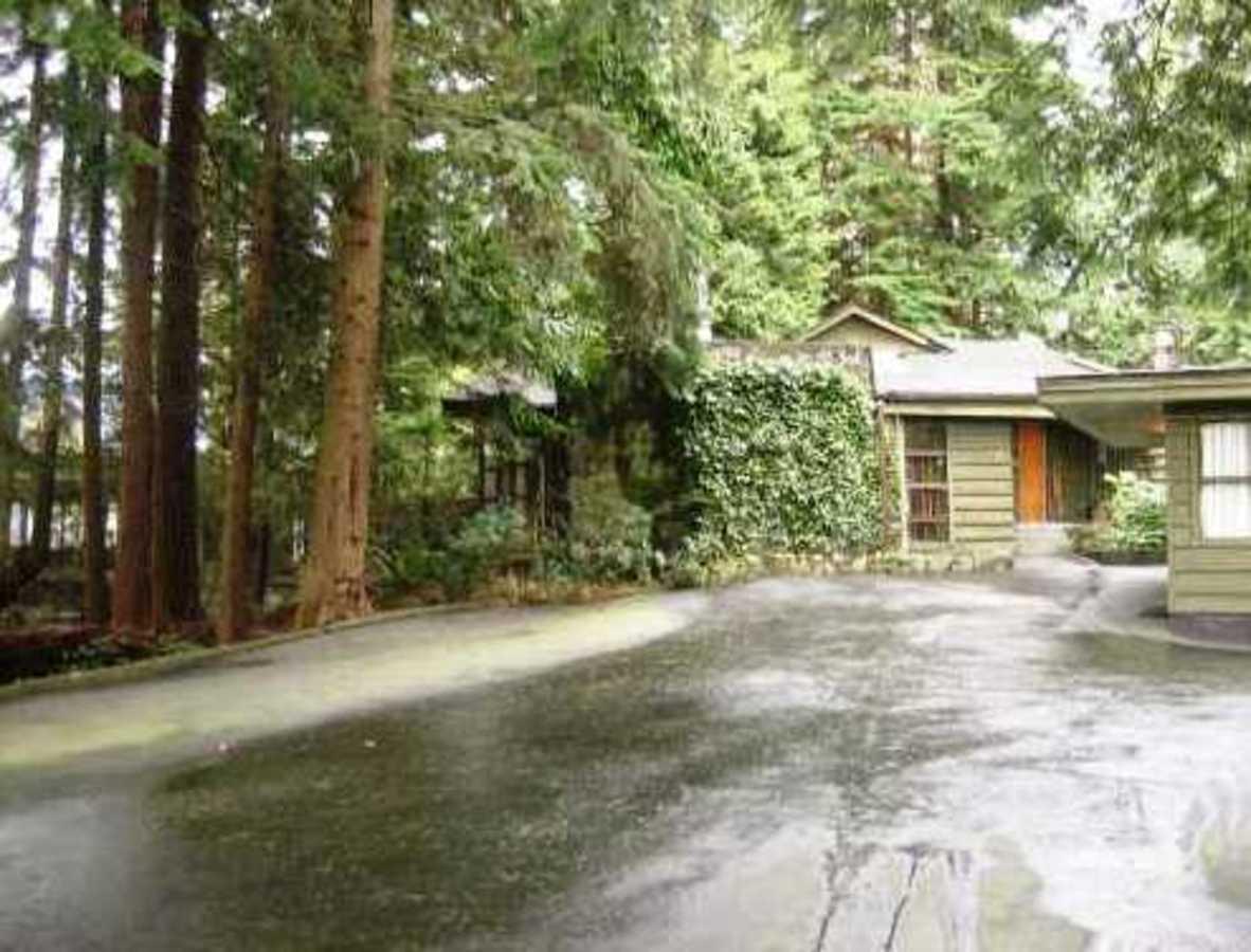 V813417_101_12.jpg at 1160 Ridgewood Drive, Edgemont, North Vancouver