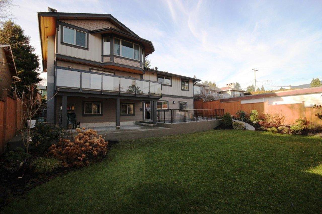 felton bb at 470 Felton Road, North Vancouver