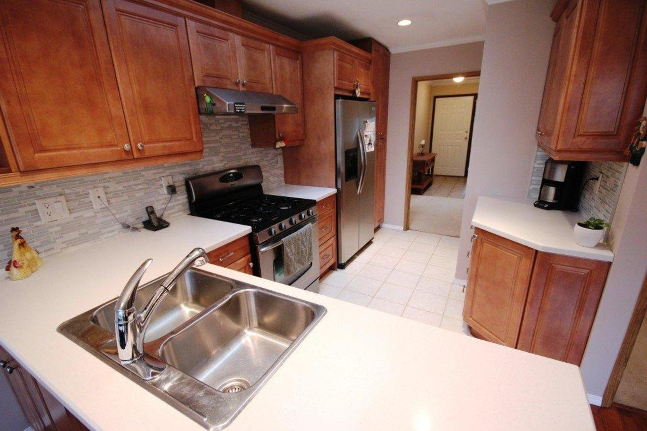 kitchen at 1194 Brockton Place, Indian River, North Vancouver
