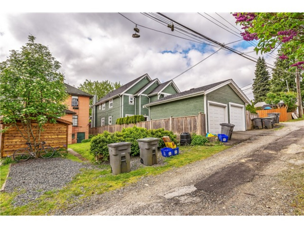 833 East 15th-16.jpg at 833 East 15th Ave, Mount Pleasant VE, Vancouver East