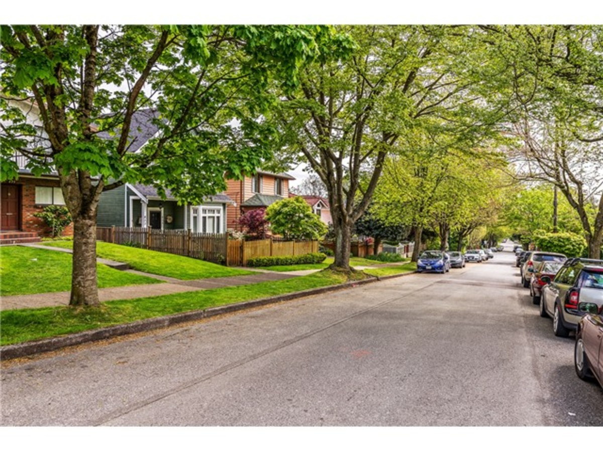 833 East 15th-17.jpg at 833 East 15th Ave, Mount Pleasant VE, Vancouver East