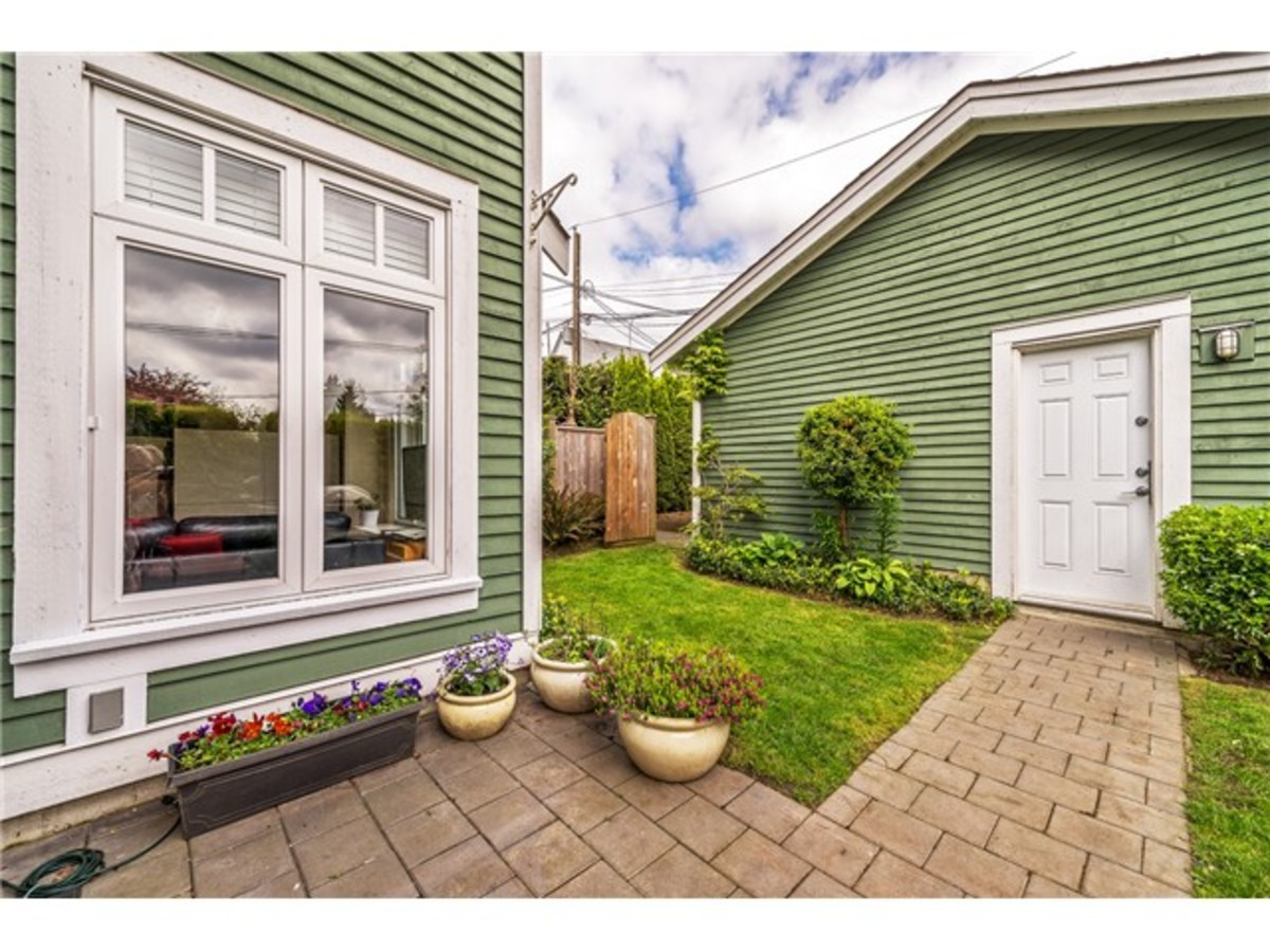 833 East 15th7.jpg at 833 East 15th Ave, Mount Pleasant VE, Vancouver East