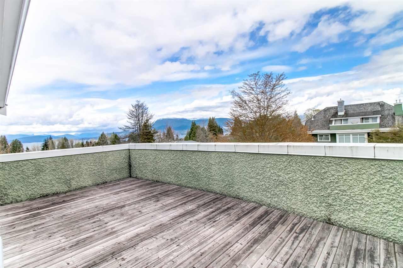 Roof deck at 6002 Chancellor Boulevard, University VW, Vancouver West