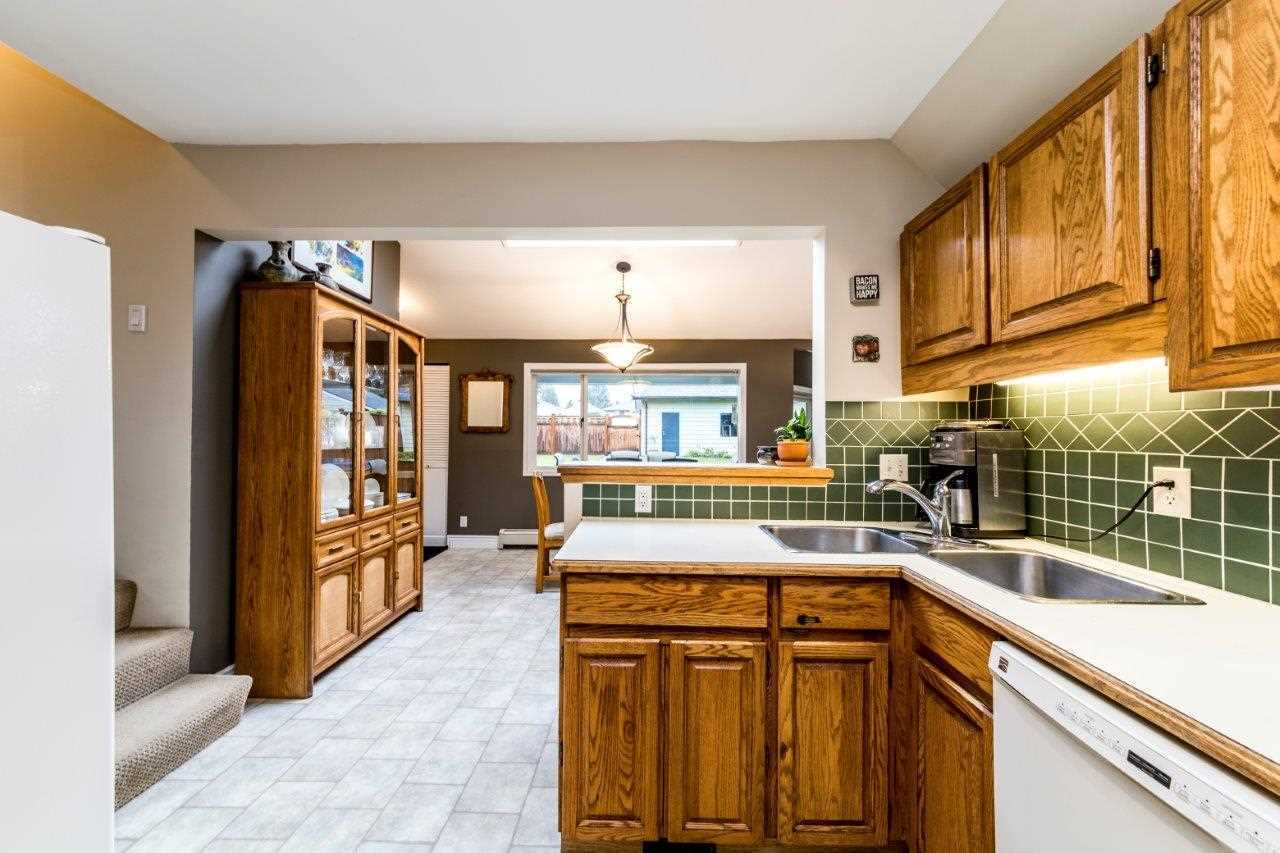 kitchen at 774 E 9th Street, Boulevard, North Vancouver