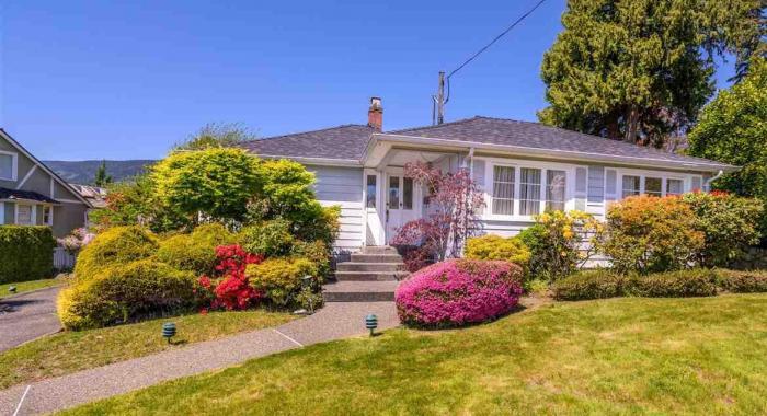 1143 Fulton Avenue, Ambleside, West Vancouver