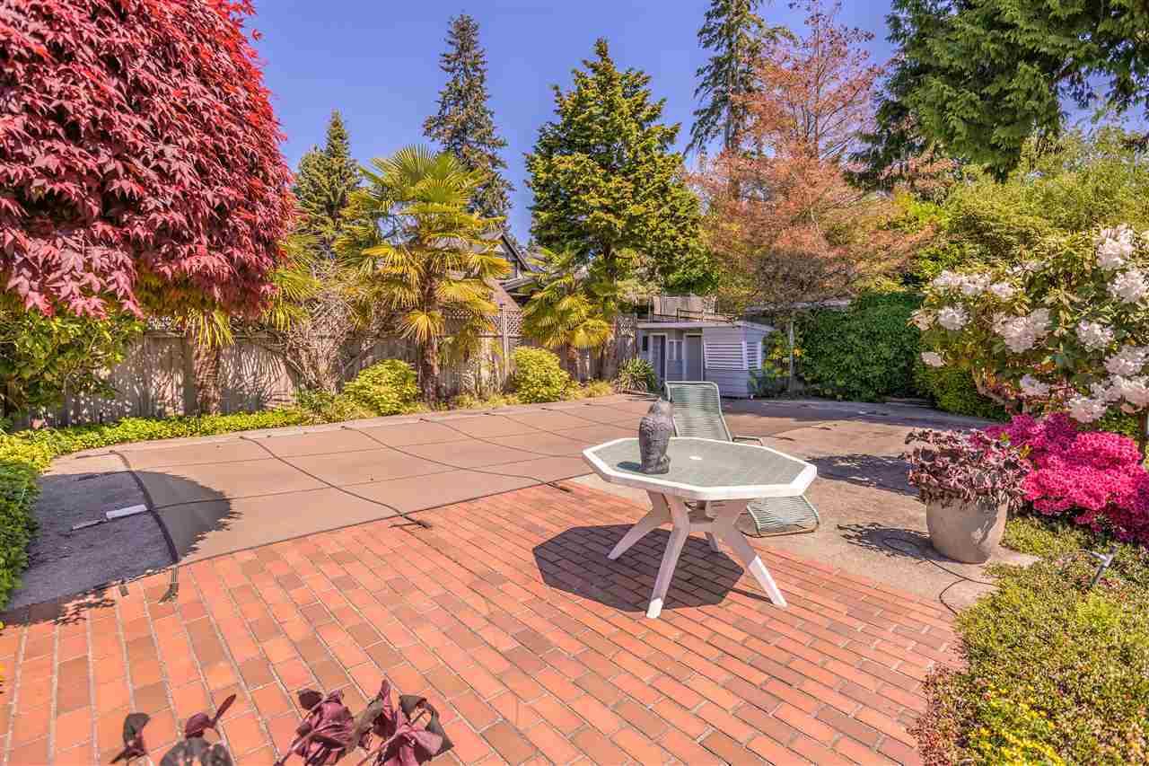 1143-fulton-avenue-ambleside-west-vancouver-04 at 1143 Fulton Avenue, Ambleside, West Vancouver