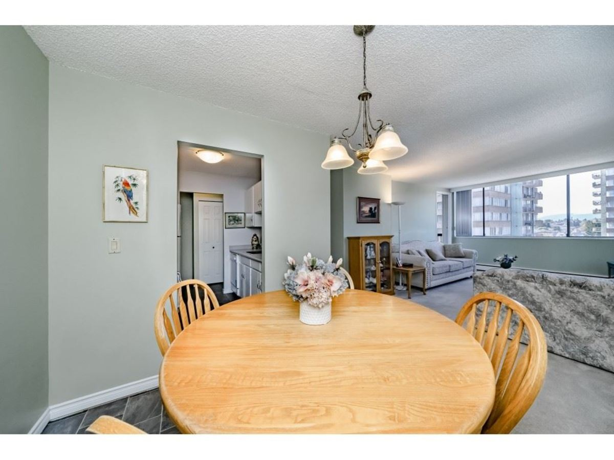 Dining room at 803 - 620 Seventh Avenue, Uptown NW, New Westminster