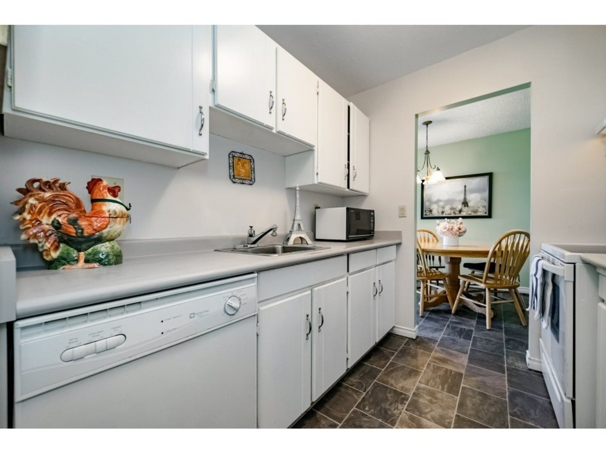 Kitchen at 803 - 620 Seventh Avenue, Uptown NW, New Westminster