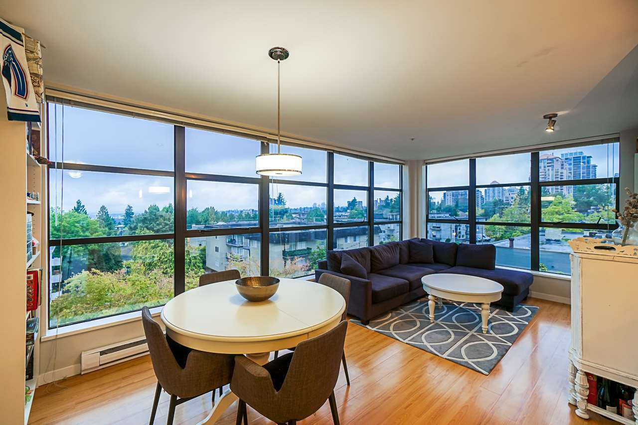 Corner unit-lots of windows at 501 - 306 Sixth Street, Uptown NW, New Westminster