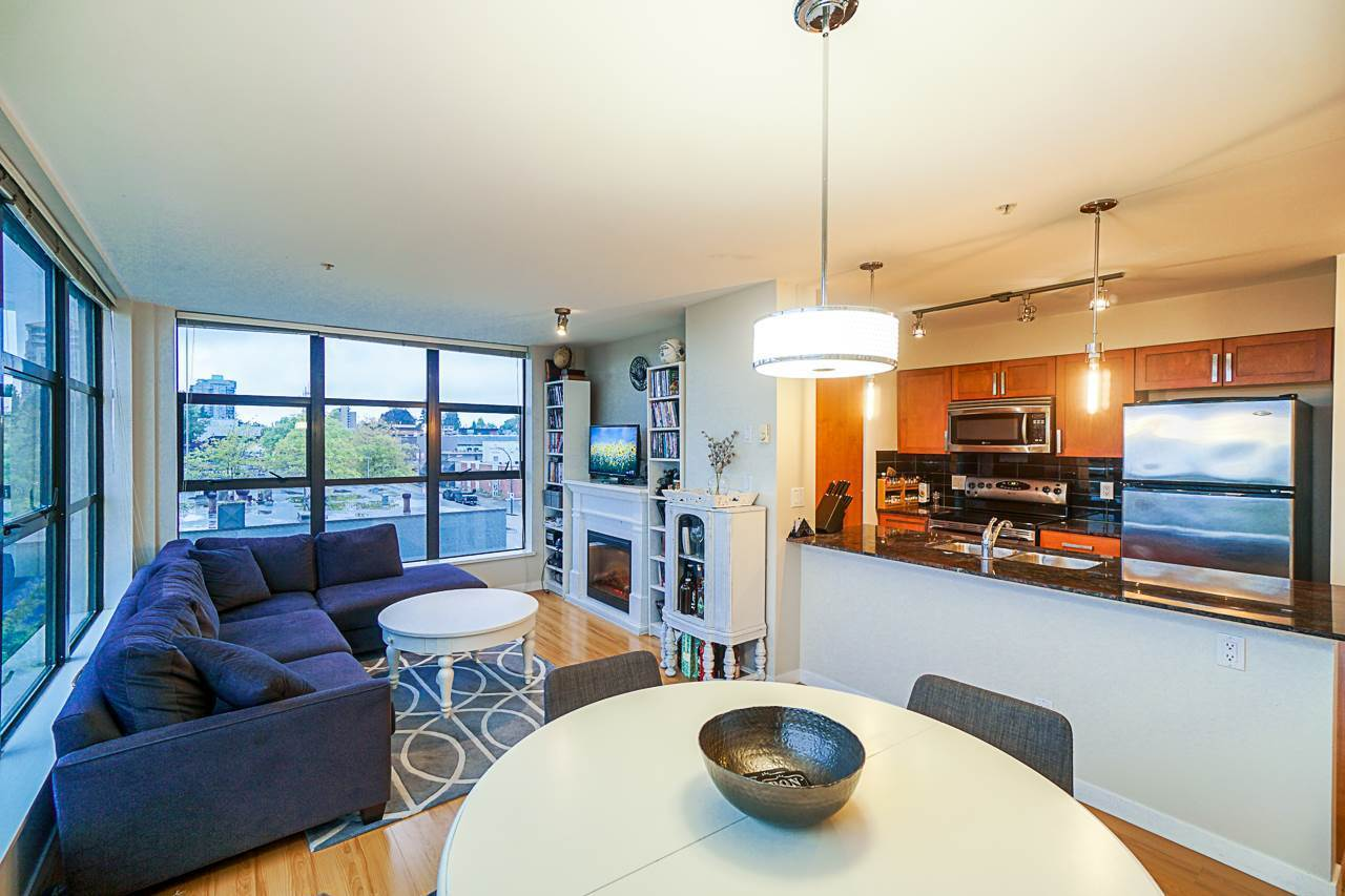 Open dining and living room at 501 - 306 Sixth Street, Uptown NW, New Westminster
