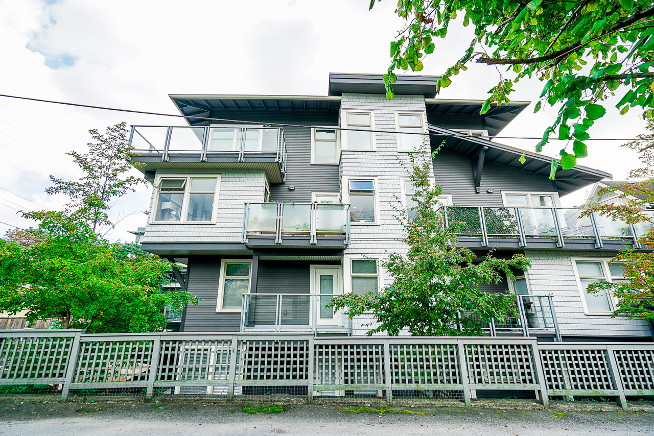 unit-302-118-22nd-street-west-north-vancouver-35 at 302 - 118 W 22nd Street, Central Lonsdale, North Vancouver