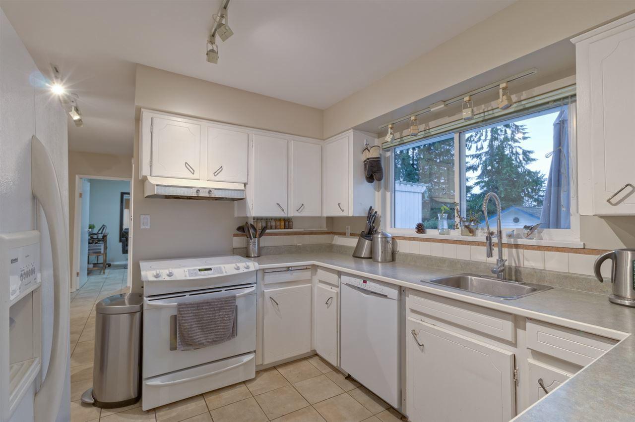 kitchen2 at 2707 Carnation Street, Blueridge NV, North Vancouver