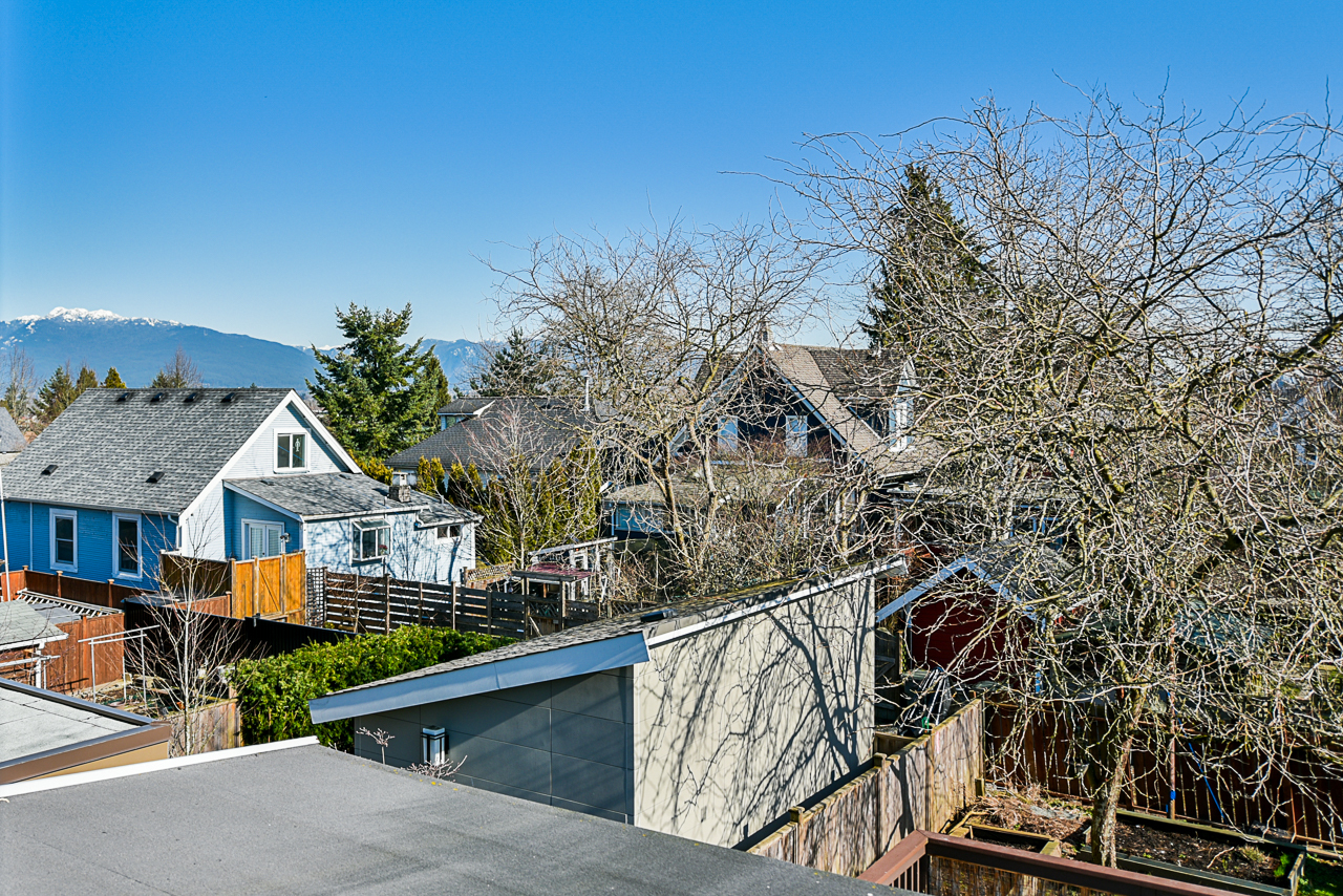 view-from-top-floor at 4538 Sophia Street, Main, Vancouver East