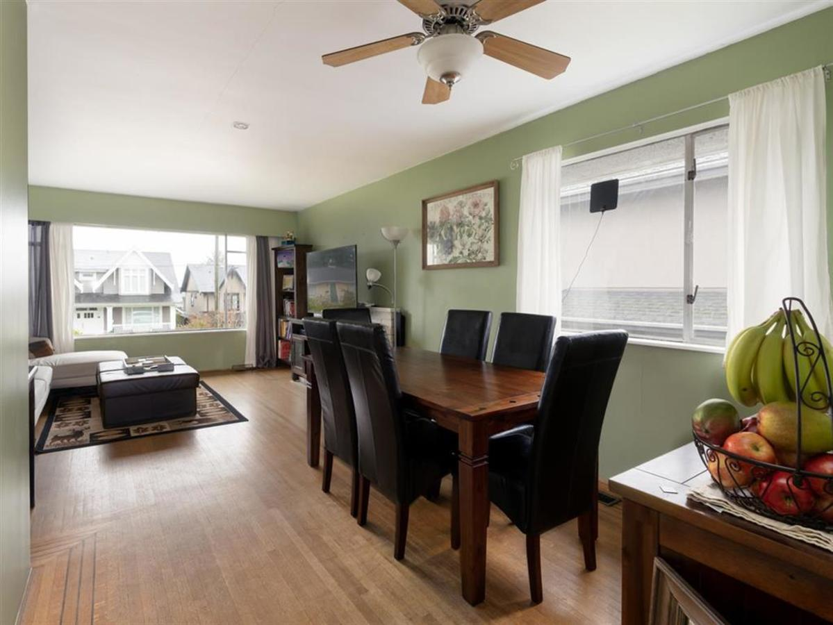 dining-room at 524 E 9th Street, Boulevard, North Vancouver