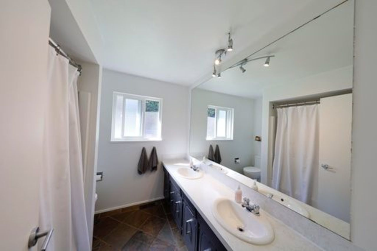 bathroom-main at 4719 Tourney Road, Lynn Valley, North Vancouver