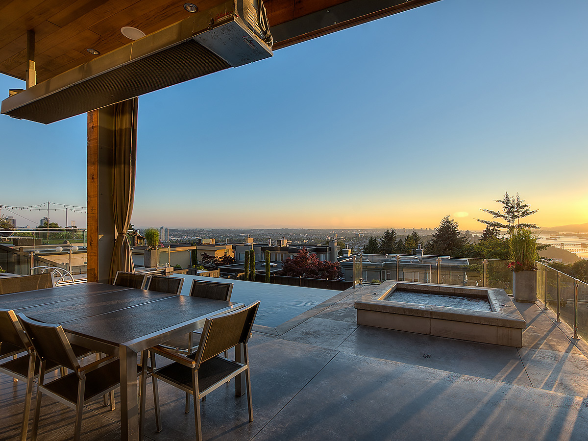 14-sunset-cabana-pool-hottub at 389 N Glynde Avenue, Capitol Hill BN, Burnaby North