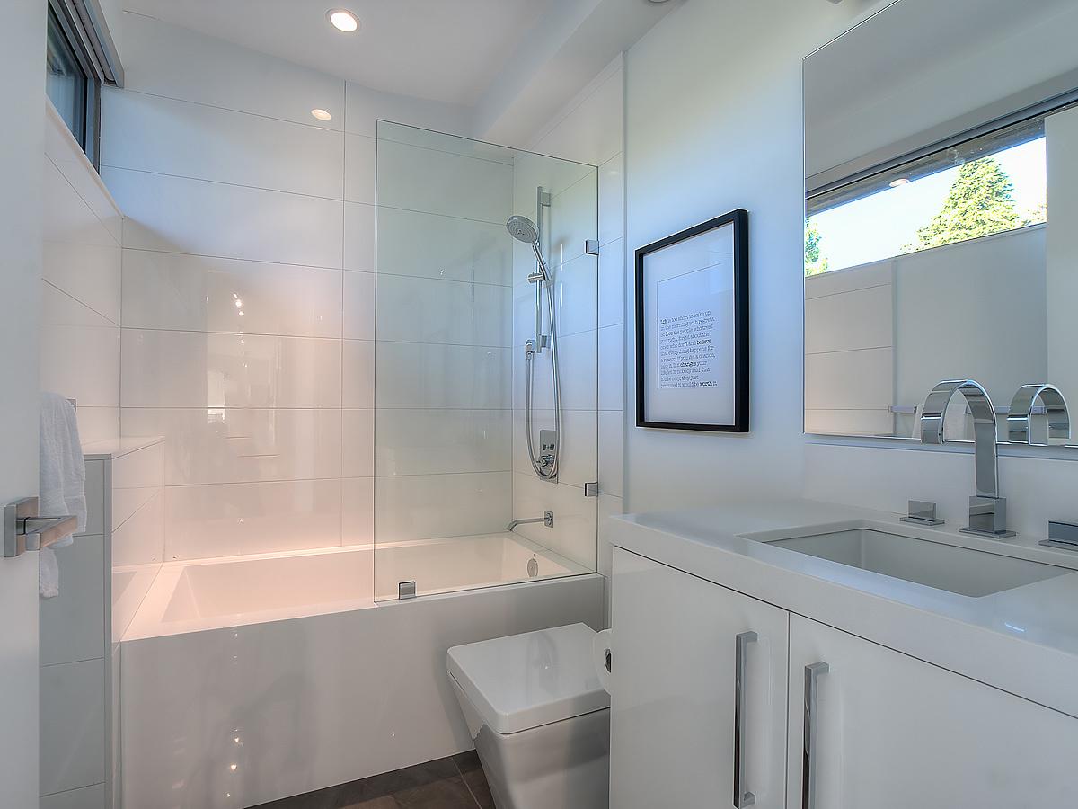 32-bathroom-2 at 389 N Glynde Avenue, Capitol Hill BN, Burnaby North
