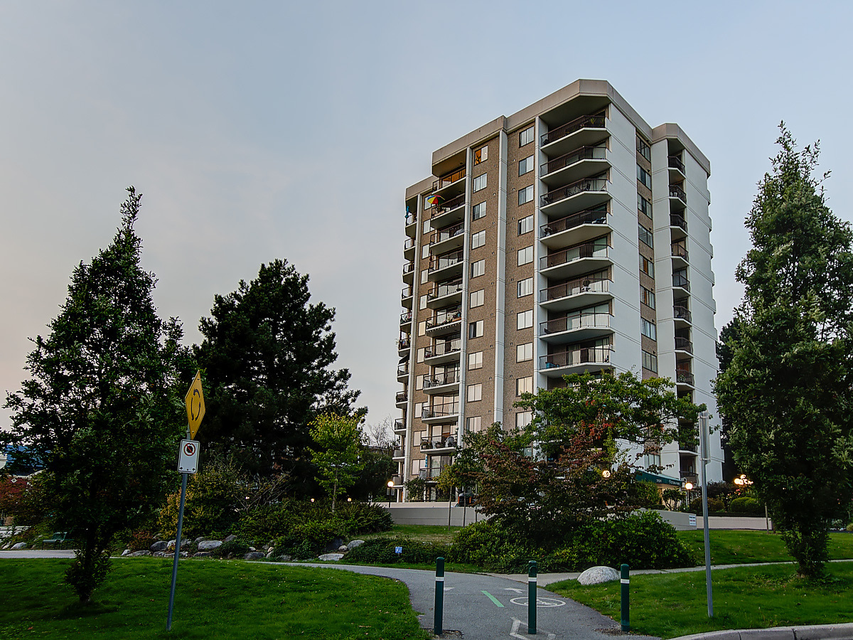Beautifully landscaped groups, terraced patios at 1203 - 701 W Victoria Park, Central Lonsdale, North Vancouver