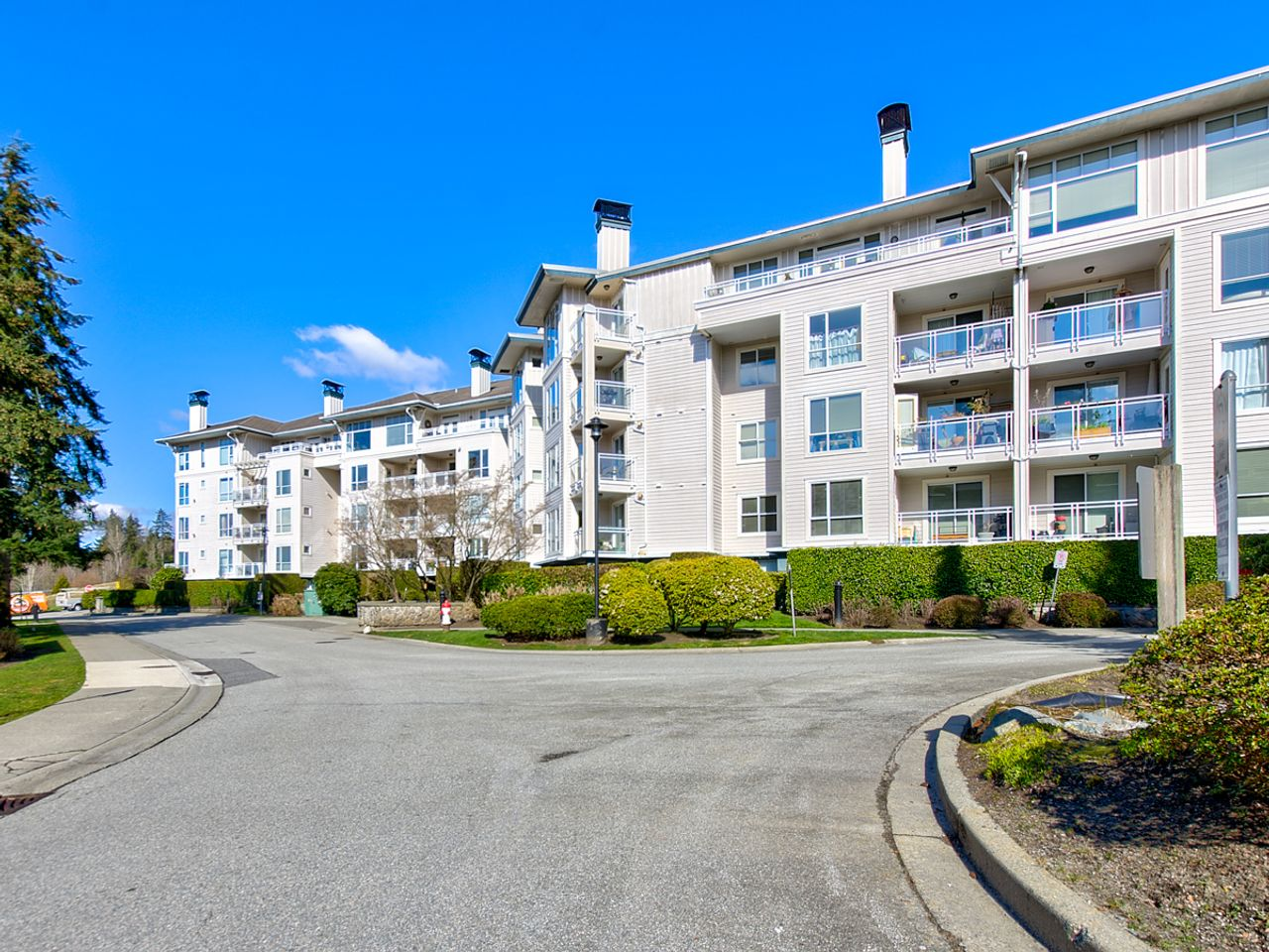 113-3608-deercrest-dr-north-vancouver-20 at 218 - 3608 Deercrest Drive, Roche Point, North Vancouver