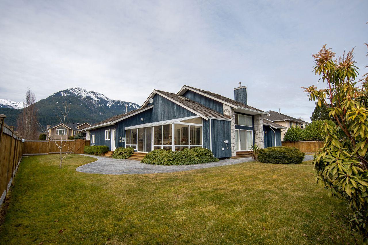 20210318_royallepage_1000sunriseplace-13 at 1000 Sunrise Place, Tantalus, Squamish