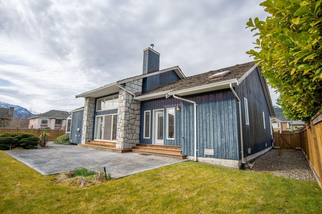 20210318_royallepage_1000sunriseplace-15 at 1000 Sunrise Place, Tantalus, Squamish