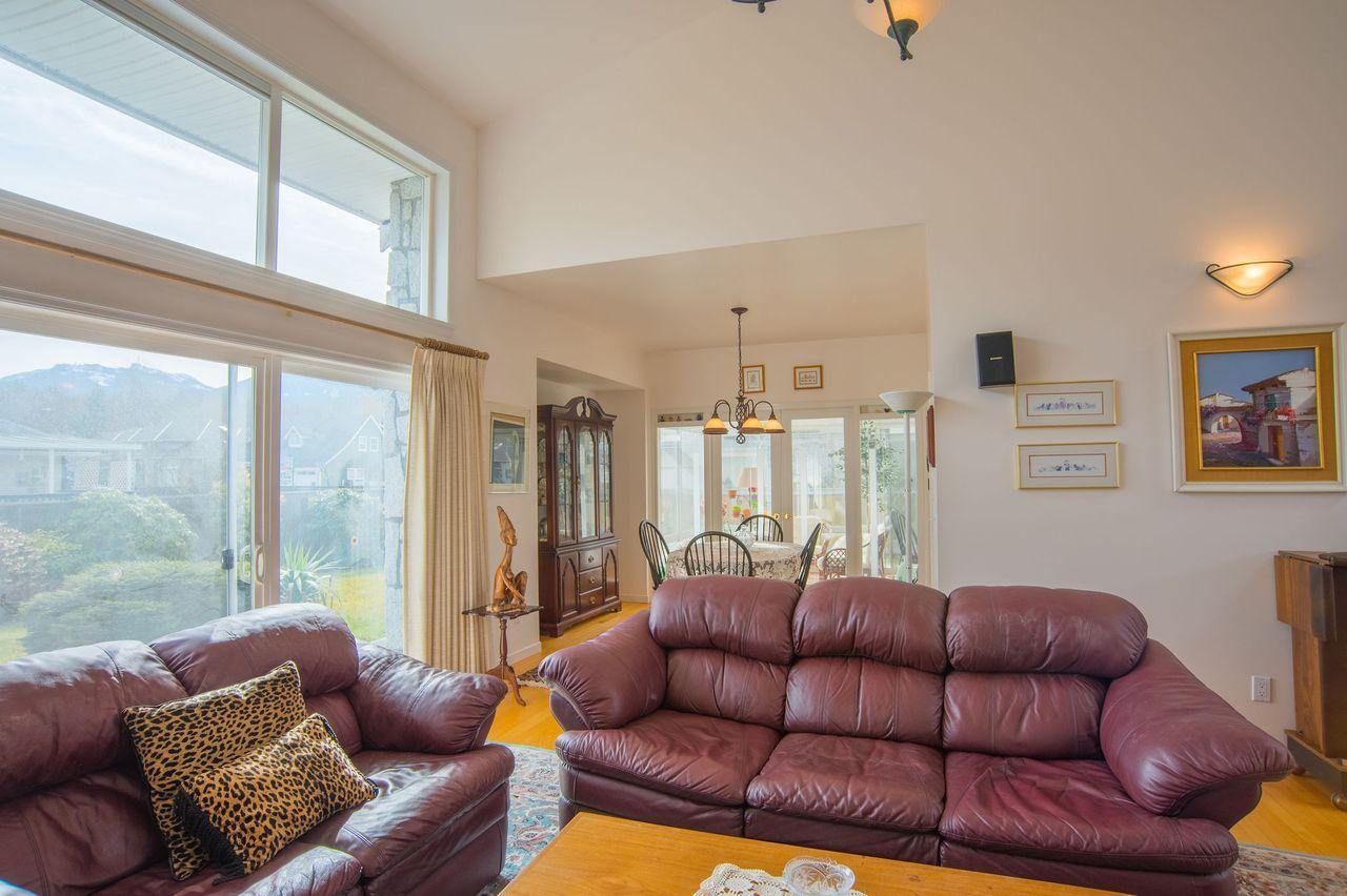 20210318_royallepage_1000sunriseplace-22 at 1000 Sunrise Place, Tantalus, Squamish