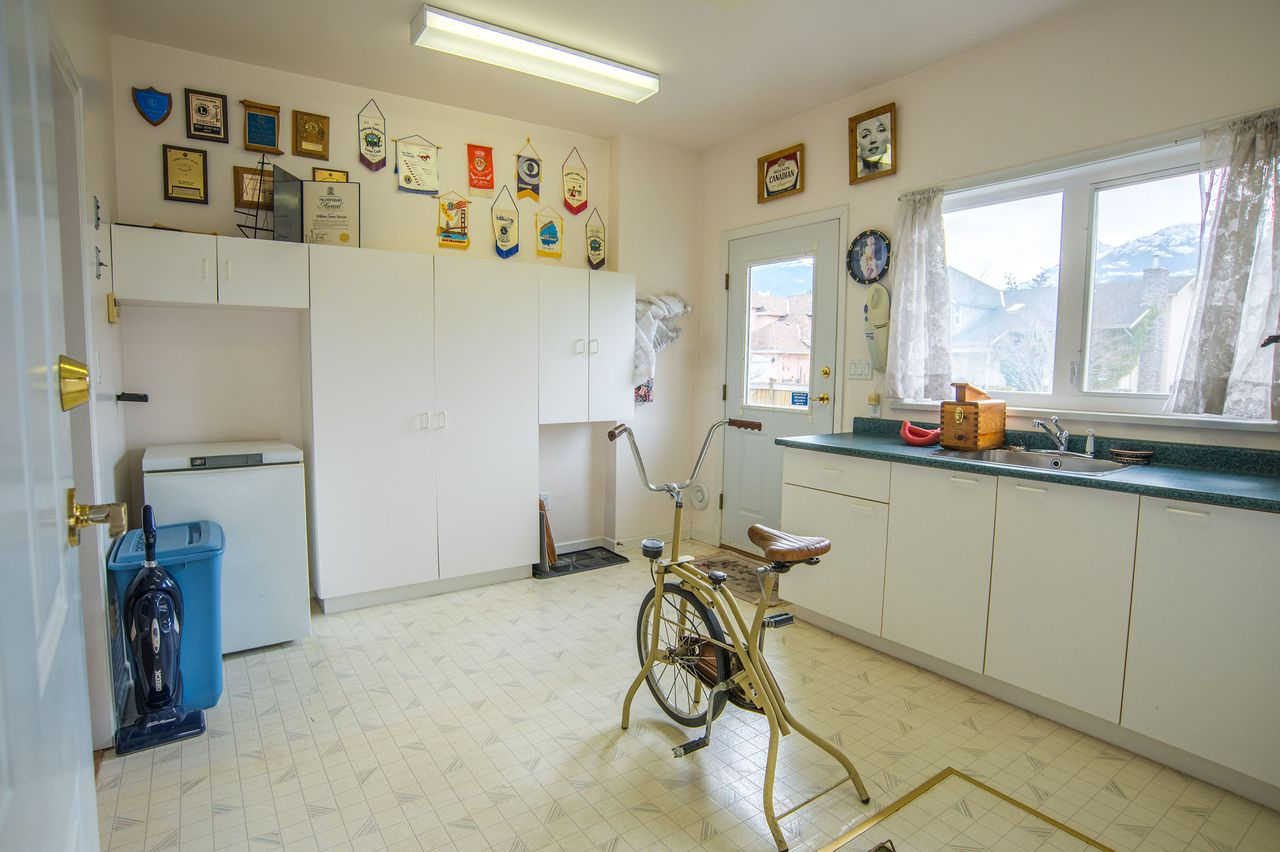 20210318_royallepage_1000sunriseplace-51 at 1000 Sunrise Place, Tantalus, Squamish