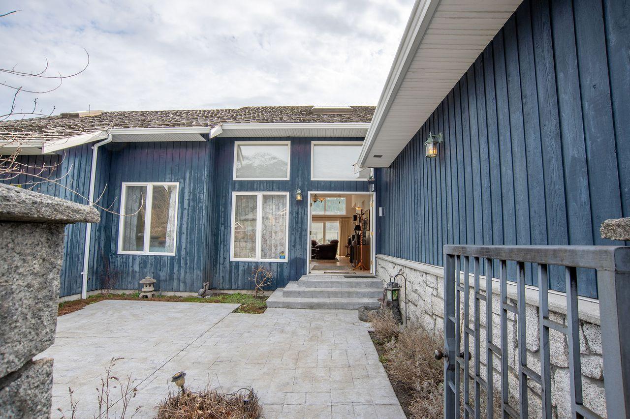 20210318_royallepage_1000sunriseplace-7 at 1000 Sunrise Place, Tantalus, Squamish