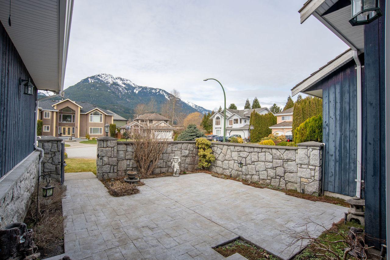 20210318_royallepage_1000sunriseplace-8 at 1000 Sunrise Place, Tantalus, Squamish