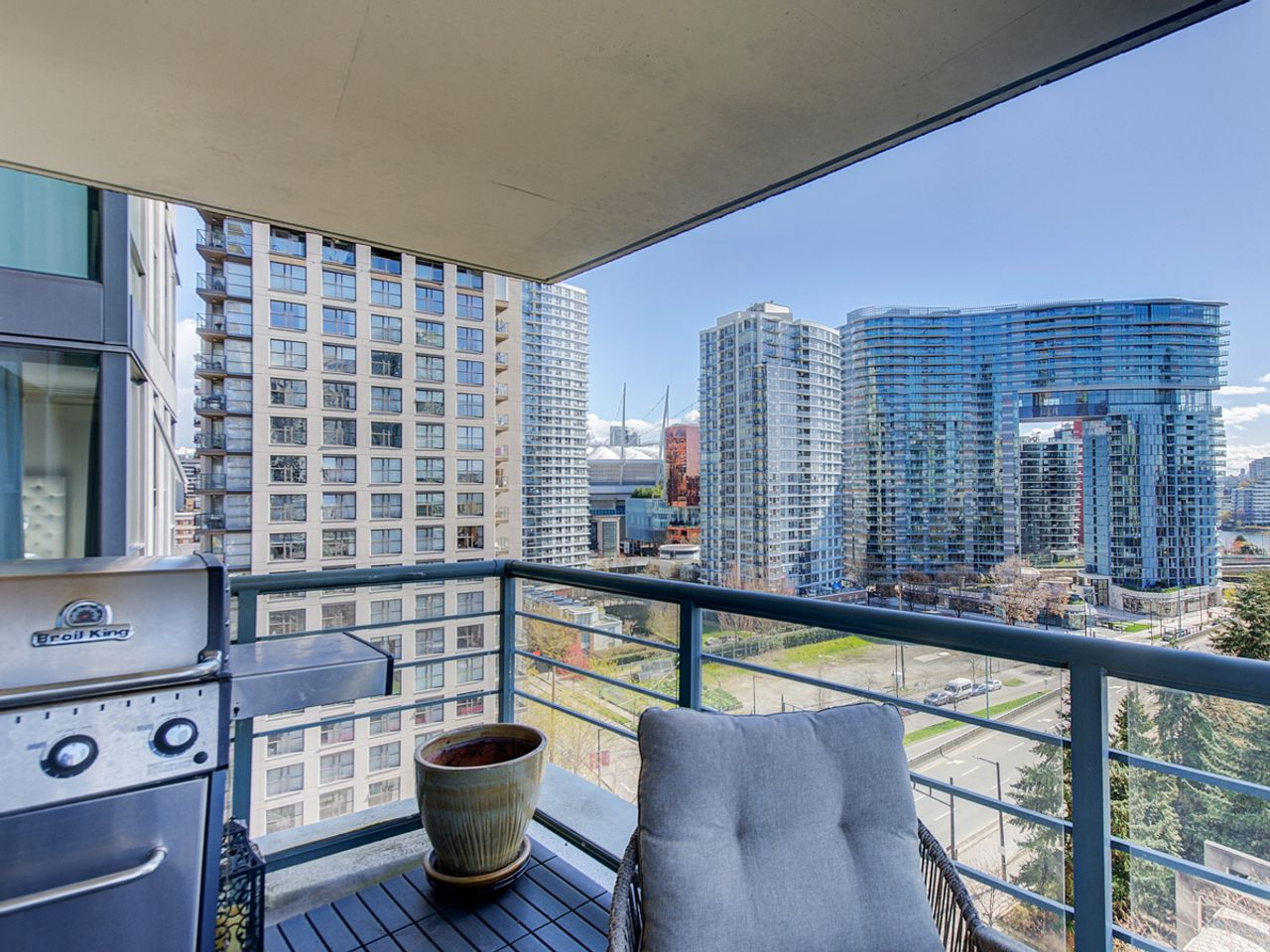 10-patio-1 at 1506 - 1008 Cambie Street, Yaletown, Vancouver West