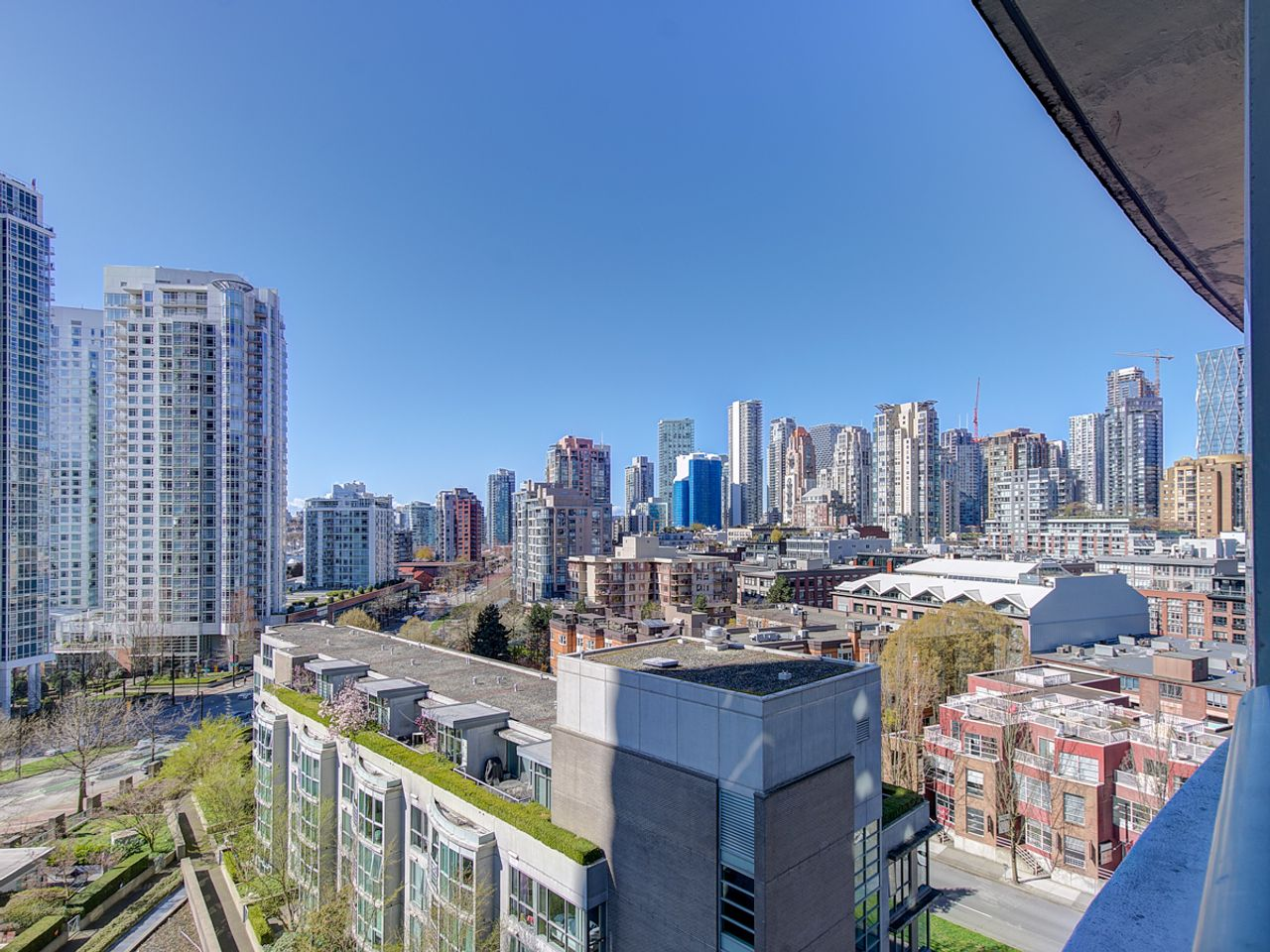 17-view at 1506 - 1008 Cambie Street, Yaletown, Vancouver West