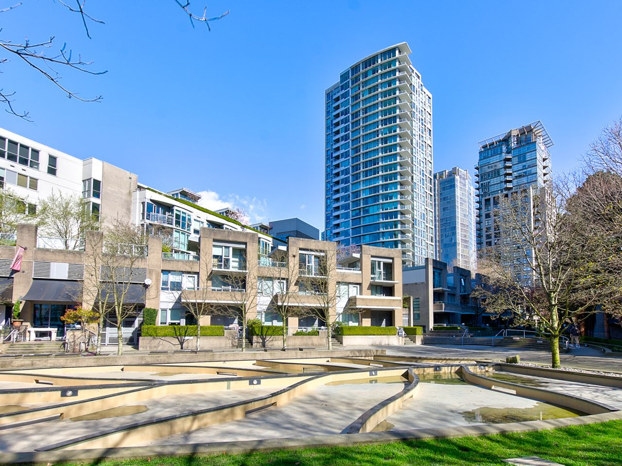19-exterior at 1506 - 1008 Cambie Street, Yaletown, Vancouver West