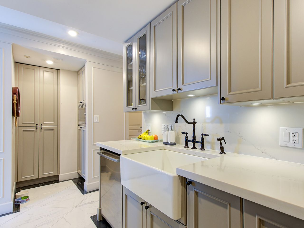 4-kitchen at 1506 - 1008 Cambie Street, Yaletown, Vancouver West