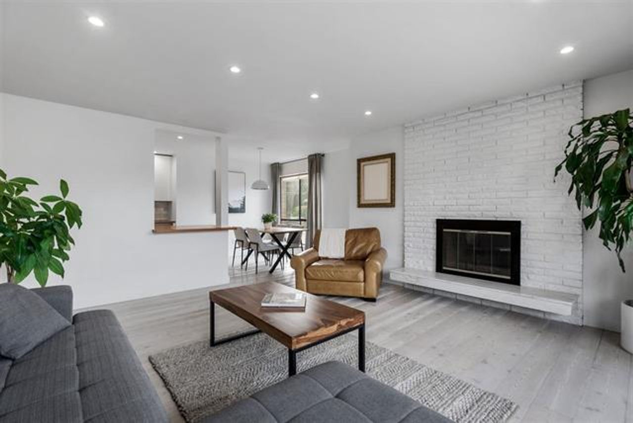 Living Room at 208 - 3264 Oak Street, Cambie, Vancouver West