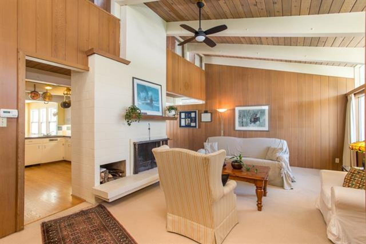 living-room at 12251 Agar Street, Crescent Beach, Surrey