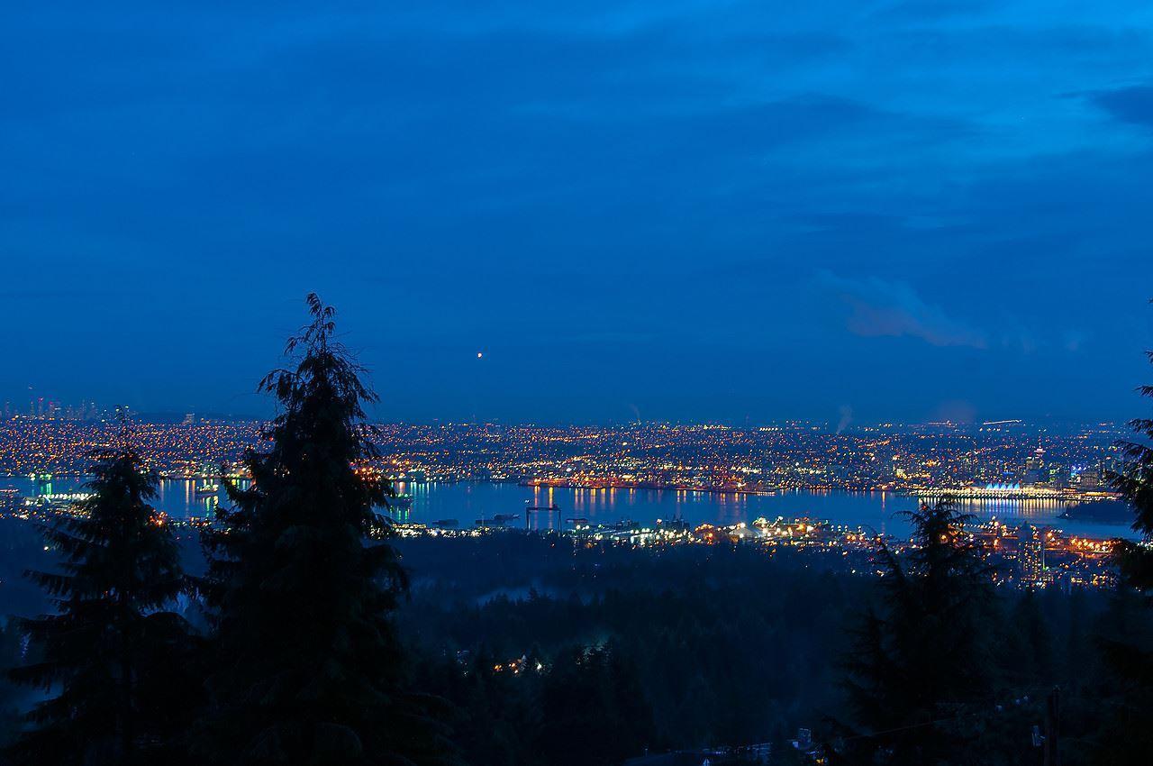 b10 at 561 Ballantree , Glenmore, West Vancouver
