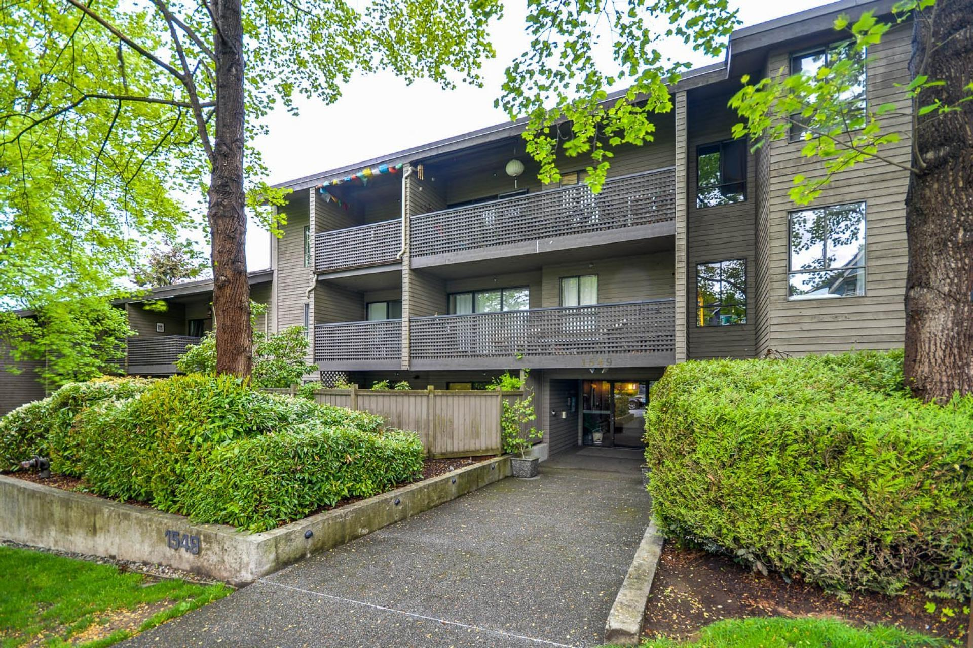 402 - 1549 Kitchener Street, Hastings East, Vancouver East
