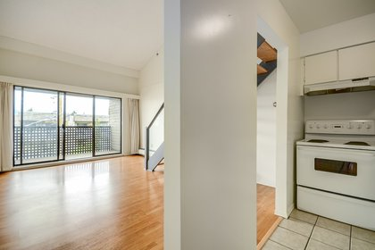 mini06 at 402 - 1549 Kitchener Street, Hastings East, Vancouver East