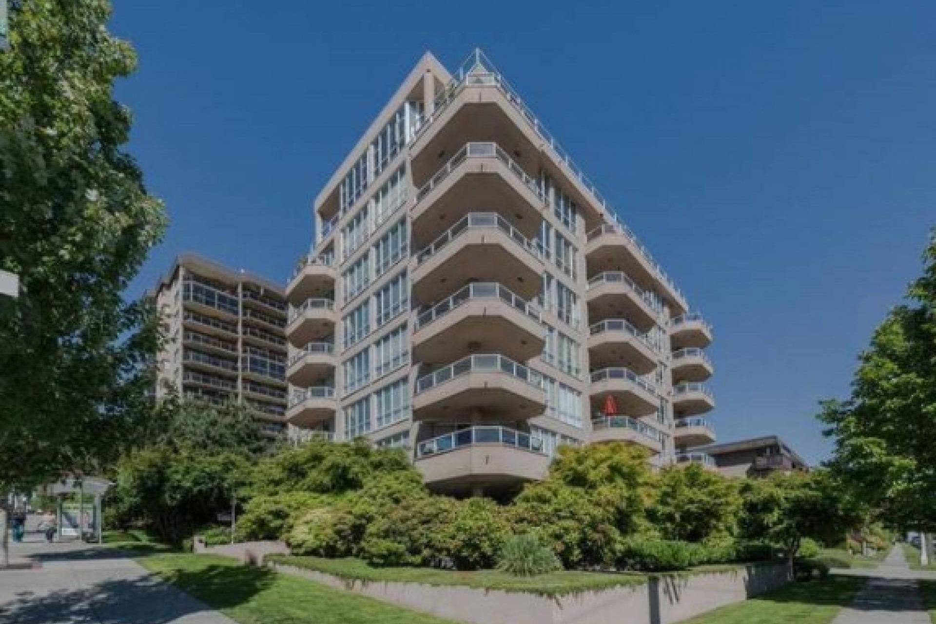 402 - 408 Lonsdale Avenue, North Vancouver