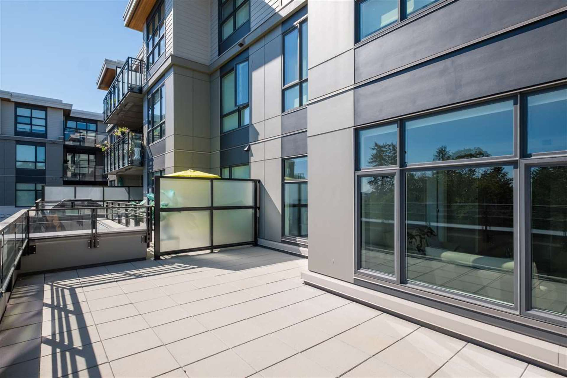 209 - 707 E 3rd Street, Queensbury, North Vancouver 2