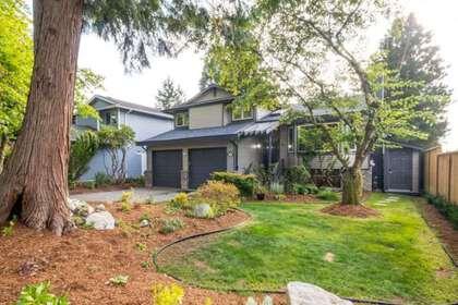 2545-edgemont-boulevard-edgemont-north-vancouver-38 at 2545 Edgemont Boulevard, Edgemont, North Vancouver