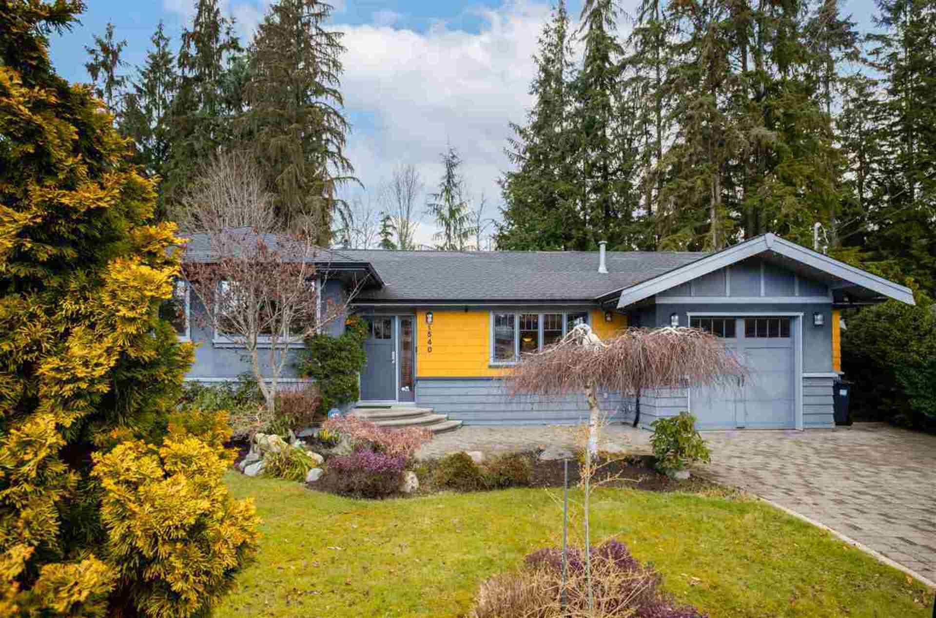 1540 E 27th Street, Westlynn, North Vancouver 2