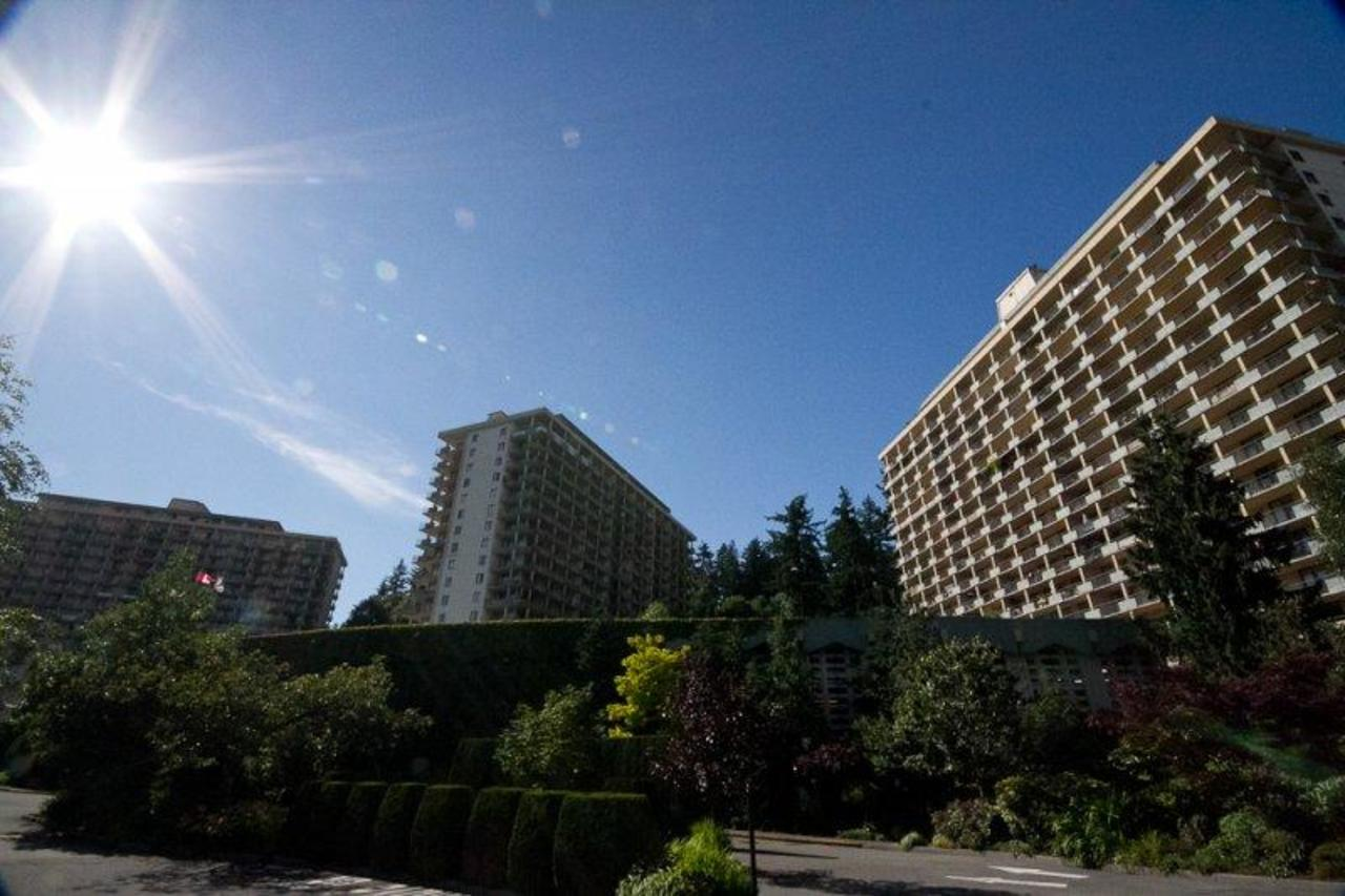 85613425_934 at 945 Marine Drive, Park Royal, West Vancouver